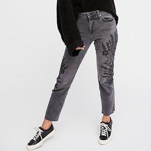 NWT Free People Embroidered Crop Girlfriend Jeans